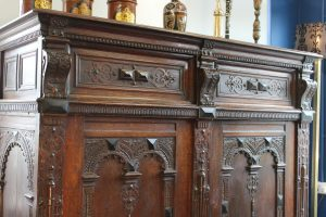 17th C Flemish oak cupboard 7