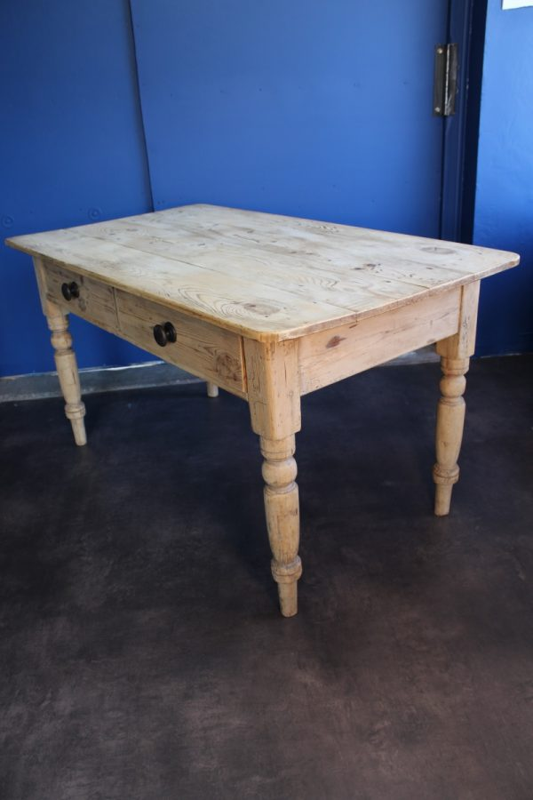 Victorian pine kitchen table 2