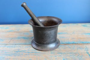Iron pestle and mortar 2