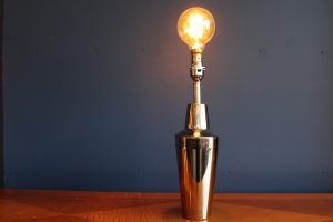 Cocktail shaker lamp