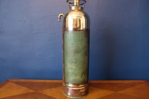 Fire extinguisher lamp 633